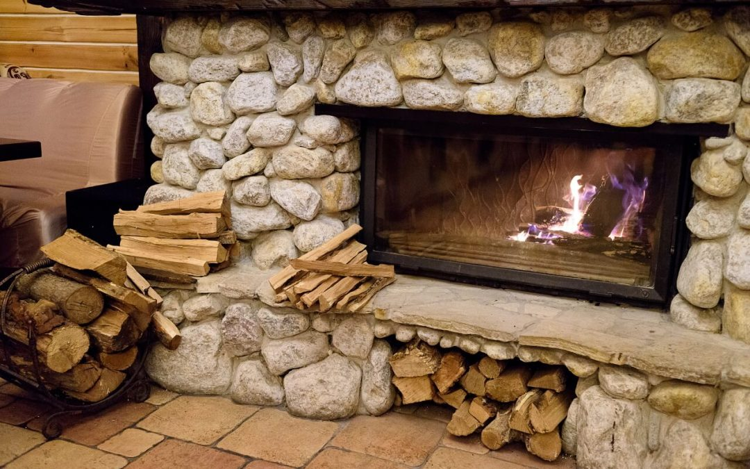 During seasoned hardwood contributes to fireplace safety